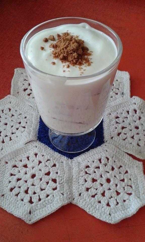 Tejfölkrémes-kekszes kehely