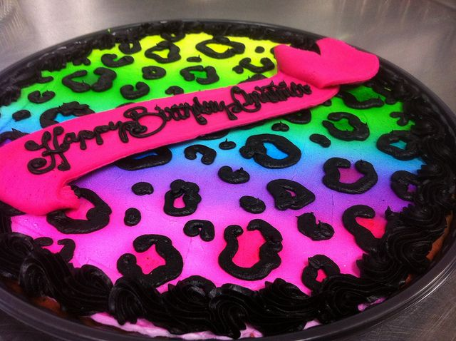 Rainbow Cheetah Print Cake by Let Them Eat Cake Bakery, via Flickr
