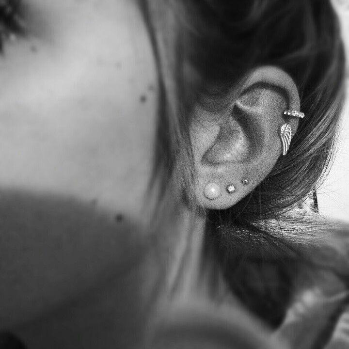 Double cartilage piercing, ear piercing, angel wing, diamonds, pearls
