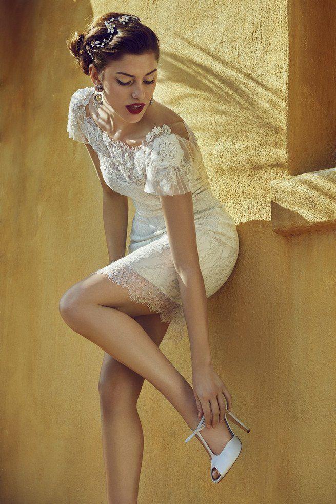 Old Hollywood Glam Wedding Dress (2)