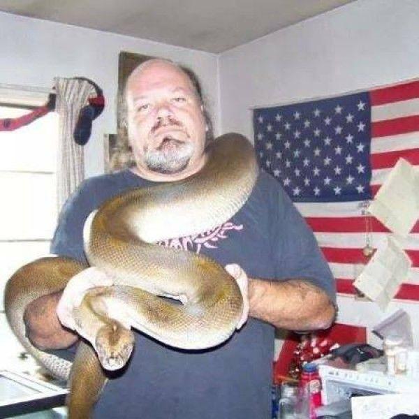 Punish Ohio man that feeds kittens to his snake. According