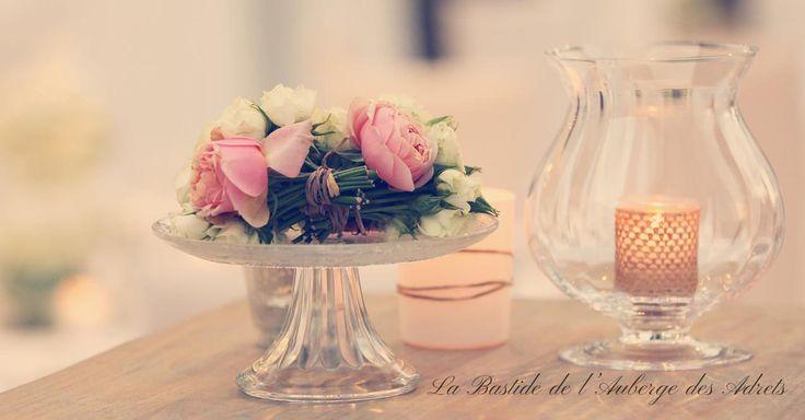 Des fleurs pour un mariage en Provence #mariage #provence #fleurs #décoration