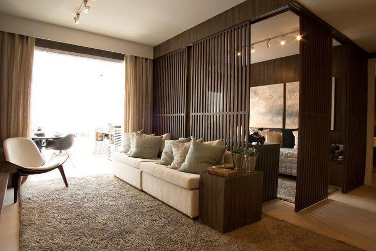 Tapete peludo e sofá branco de Marel - Grupo Factory - 121427 no Viva Decora