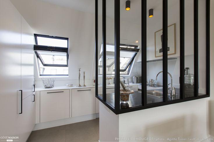 Comment transformer d'anciennes chambres de bonne en un appartement chaleureux ?, Philippe Demougeot - Côté Maison