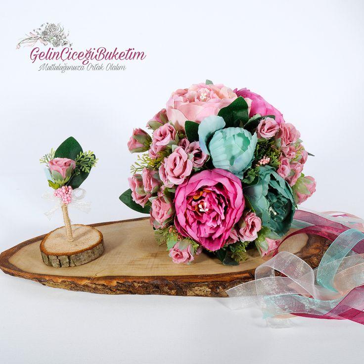Yeşil Fuşya Pembe Güller & Tomurcuk Güller Gelin Çiçeği Buketi ve Damat Yaka Çiçeği (2'li Set)