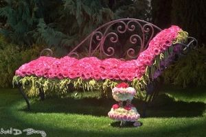 Day bed - roses by Loobylou