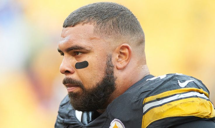 Cameron Heyward, Landry Jones appear on Steelers' injury report = Chris Adamski of the Pittsburgh Tribune-Review tweeted Thursday that a couple of Pittsburgh Steelers made surprise appearances on the team's injury report. Backup quarterback Landry Jones did not practice due to.....