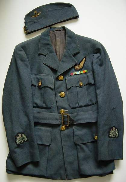 RAF Air gunners uniform group-raf-service-dress-jacket-and-fs-cap..jpg