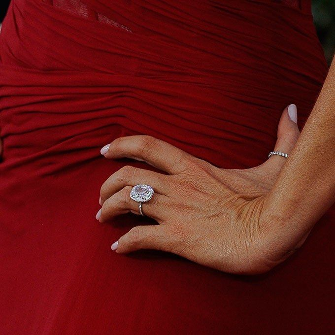 Sofia Vergara Wedding Ring: 25+ Cute Celebrity Engagement Rings Ideas On Pinterest