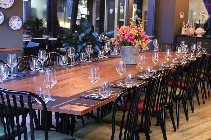 Il  @clotildebistrot dall'atmosfera unica tra vintage e contemporaneo all'interno dell'hotel Windsor Milano....aperto tutto il giorno non solo ristorante ma anche caffetteria per colazioni e merende e sofisticato bar dai cocktails esclusivi! #clotildebistrot #hotelwindsormilano #bistrot #bar #colazione #breakfast #pranzo #lunch #cena # dinner #food #location #lusso #aperitivo #milano #foodie #foodporn #highquality #ristorante #brunch #mood #charme #tourism #luxuryhotel #kitchen #interni…