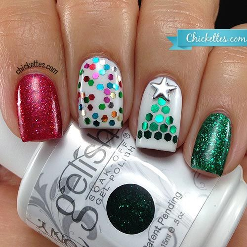 Chickettes.com Glequin Christmas Tree Nail Art