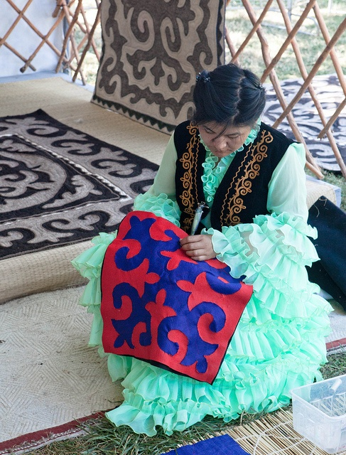 photo from the Smithsonian Folklife festival (Kyrgyz textile work) - photo by Lolly W, who has a great blog with knitting and more!