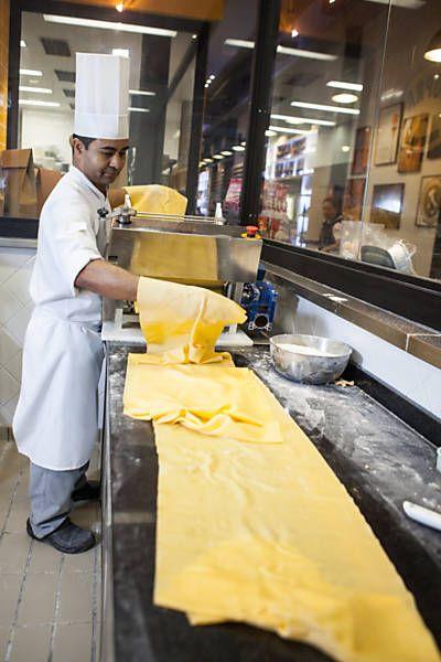 Experts em massa fresca revelam segredos para fazer sua pasta em casa - 25/06/2014 - Comida - Folha de S.Paulo