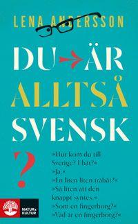»Hur kom du till Sverige? I båt?« »Ja.« »En liten liten träbåt?« »Så liten att den knappt syntes.« »Som en fingerborg?« »Vad är en fingerborg?«  Fatima är ateist och berber. Något som förbryllar när hon söker jobb, där alla skulle känna sig mycket tryggare om hon sa att hon var muslim och arab. Det finns en gräns för hur många identiteter man kan ha. Egentligen är hon för vanlig, inte tillräckligt annorlunda, för att få en statlig anställning. Men hon ser i alla fall tillräckligt annorlunda…