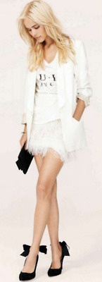 <3Sho, Fashion, White Blazers, Style, White Feathers, Outfit, Black White, Feathers Skirts, Isabel Lucas