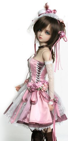 COOL! I love this bjd dress. Its like princess ball gown mixed with steampunk XD