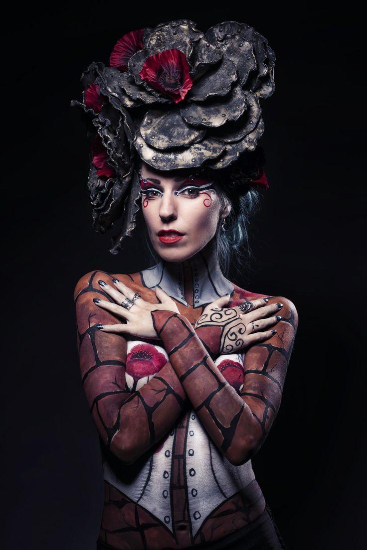 Model: Persephone - Model Artist: Bianca Schwarze Photography: Eddie Kavanagh #gothic #bodypainting #poppies #bodypaintartist #bodypaintmodel #gothfashion #gothicfashion #gothgoth #altfashion #altgirl #altmodel #gothgirl #gothmodel