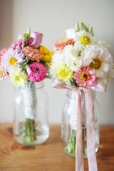 Photography by Paper Antler / paperantler.com, Floral Design by Deer Ridge Farm / deerridgefarmvt.net/ #wedding #bouquet #mariage #fleurs