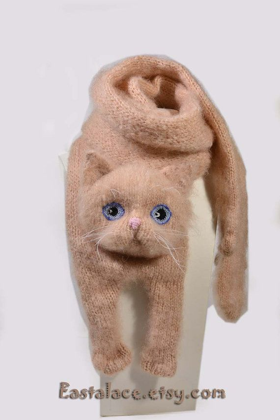 Persian Cat Scarf Knitting Animal scarf-Cat Lover Peach Cat Blue Eyes