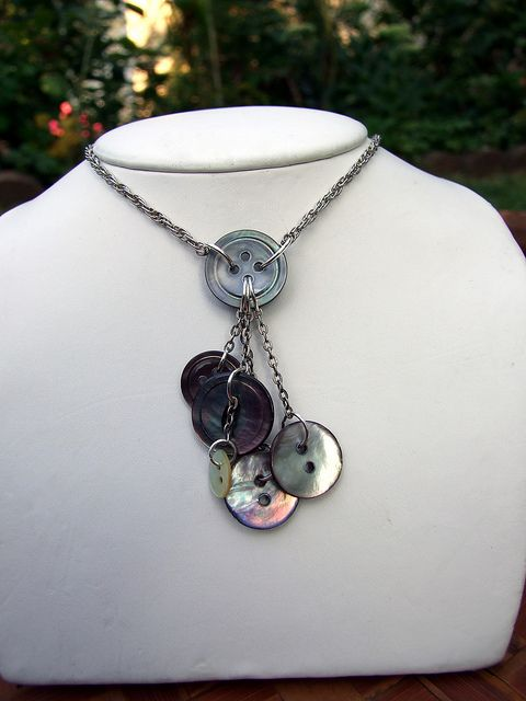 Nice button necklace