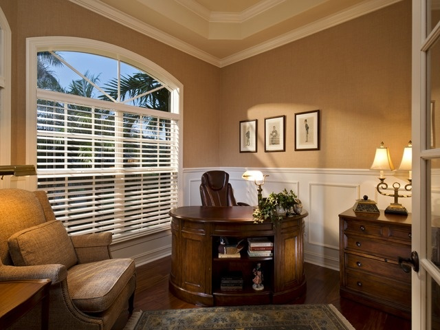 Traditional Home Office Space