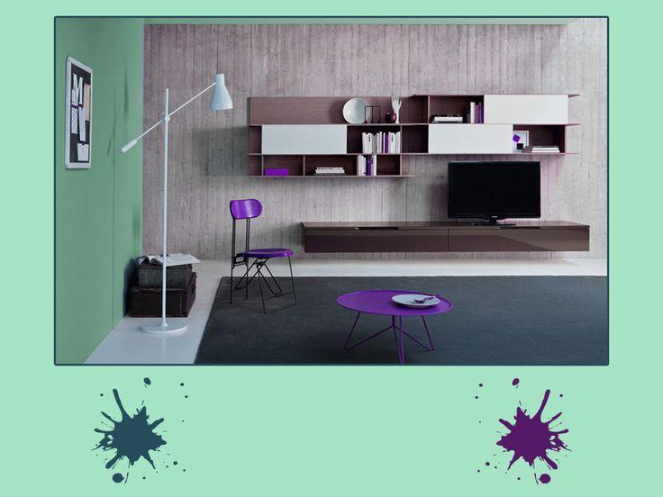Verde mare, blu puro e viola profondo. Una tavolozza di colori intensi per uno schema avventuroso, adatto a qualsiasi spazio in casa. Originale, quasi surreale come atmosfera... Ti piace?  #green #palette #colourfull #livingroom #interiordesign