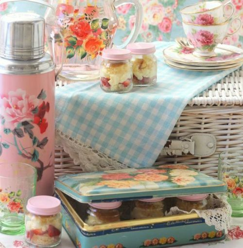 537 best awesome shabby chic images on pinterest | cath kidston ... - Arredamento Shabby Chic Bologna
