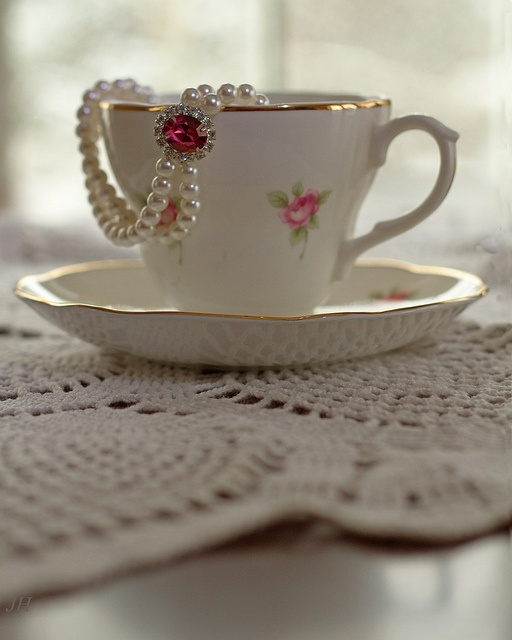 Teacup with pearls