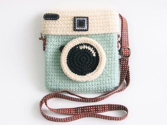 Вязаная сумочка для фотоаппарата