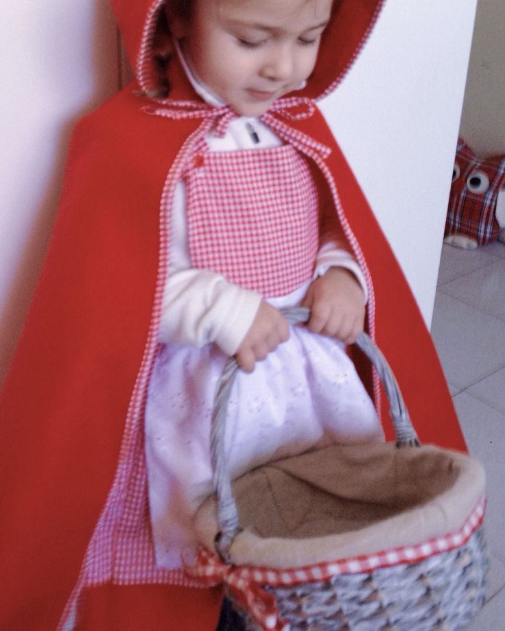 Cappuccetto rosso  little Red Riding Hood  Le Petit Chaperon Rouge