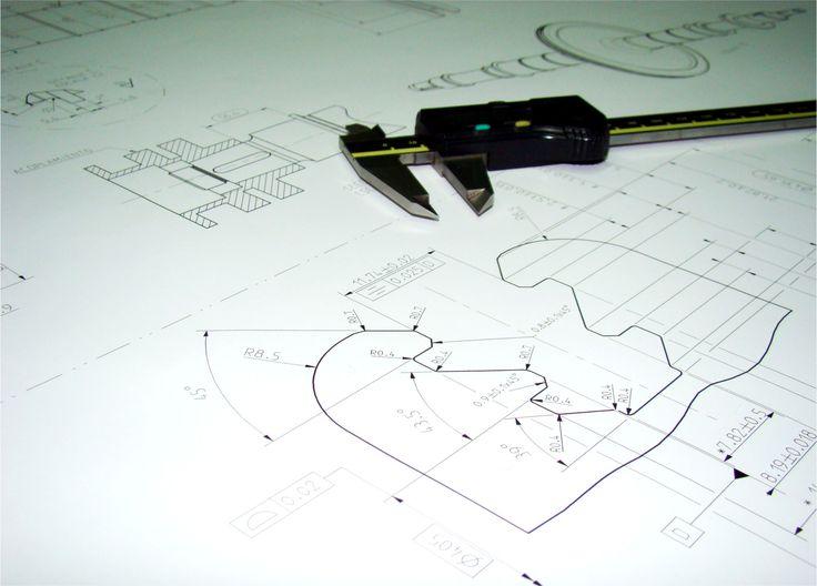Ingeniería reversa 2 / Reverse engineering 2 / Rétro-conception 2. TMCOMAS