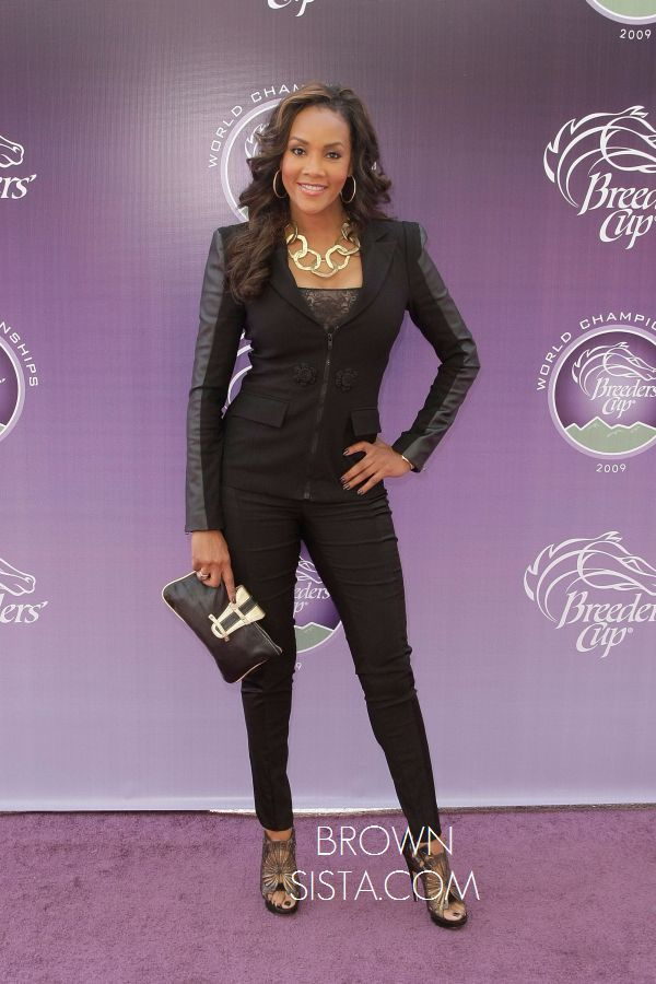 Love her! Vivica Fox Breeders Cup03