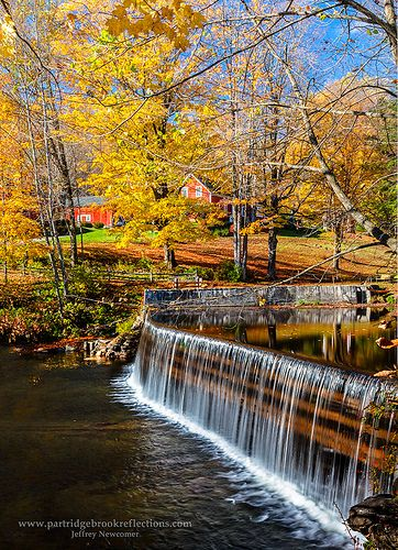 Green River Falls, above the Green River Covered Bridge in Guilford, Vermont│Jeffrey Newcomer