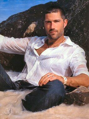 Matthew Fox... LOST why did you have to end??