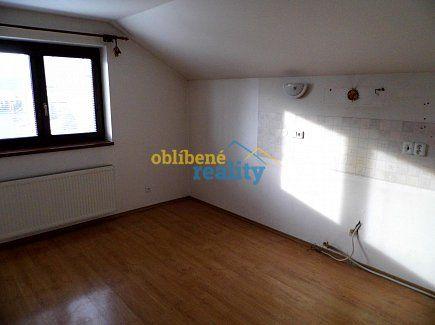 http://www.oblibenereality.cz/reality/prodej-rodinny-dum-210-m2-lazne-belohrad-dolni-nova-ves-2295