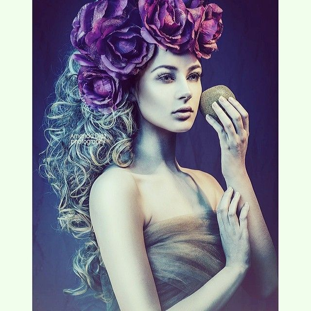 "178 Likes, 3 Comments - Amanda Diaz 📸 (@amandadiazphotography) on Instagram: ""#flowers #hair #model #fashion #photography #portrait #beauty #blog"""