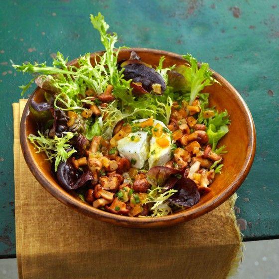 ESSEN & TRINKEN - Lauwarmer Pfifferlingssalat mit Ziegenkäse Rezept