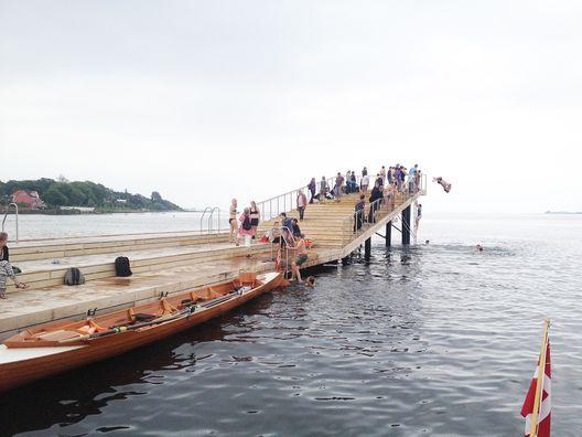 Baños en el puerto Faaborg / URBAN AGENCY + JDS + Creo arkitekter