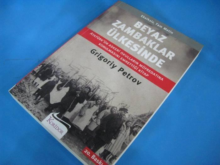 ''Tanrım beni dostlarımdan koru, düşmanlarımla ben kendim başa çıkarım.''    -Grigory PETROV / Beyaz Zambaklar Ülkesinde, sf.18