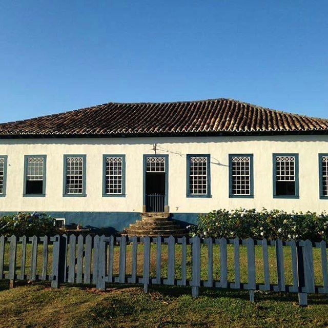 Ideia Por Telma Zamboni Em Casas De Fazendas Brasileiras Casas