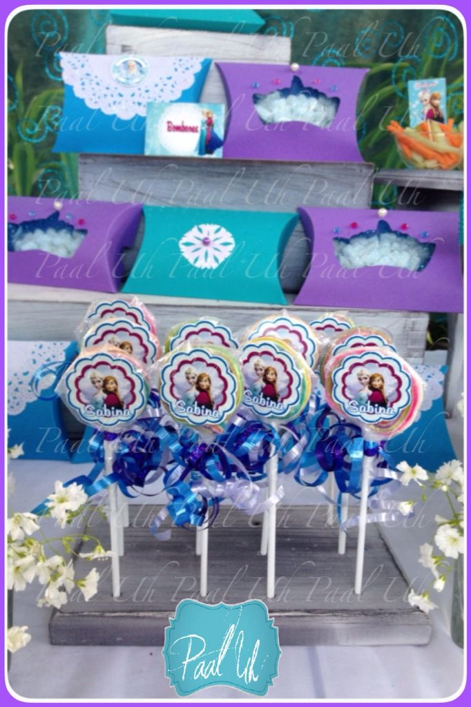 Paal Uh.  Frozen. Elsa y Ana. Mesa de Postres : Snack's : dulces : botanas : candy bar : Sweet : wedding : Shower :  dessert table : decor : celebración : party : vintage :