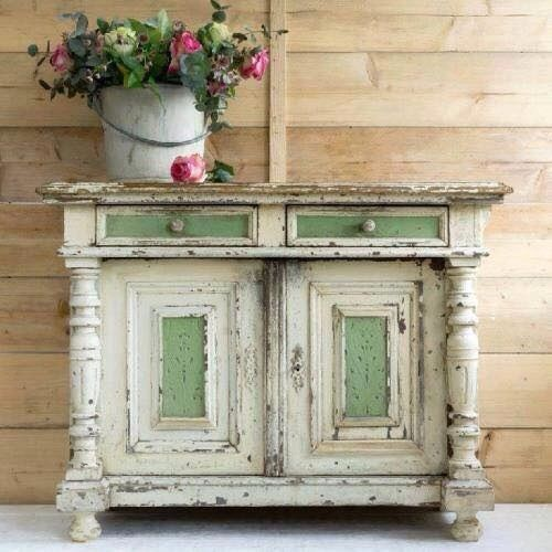 Love this painted chest..