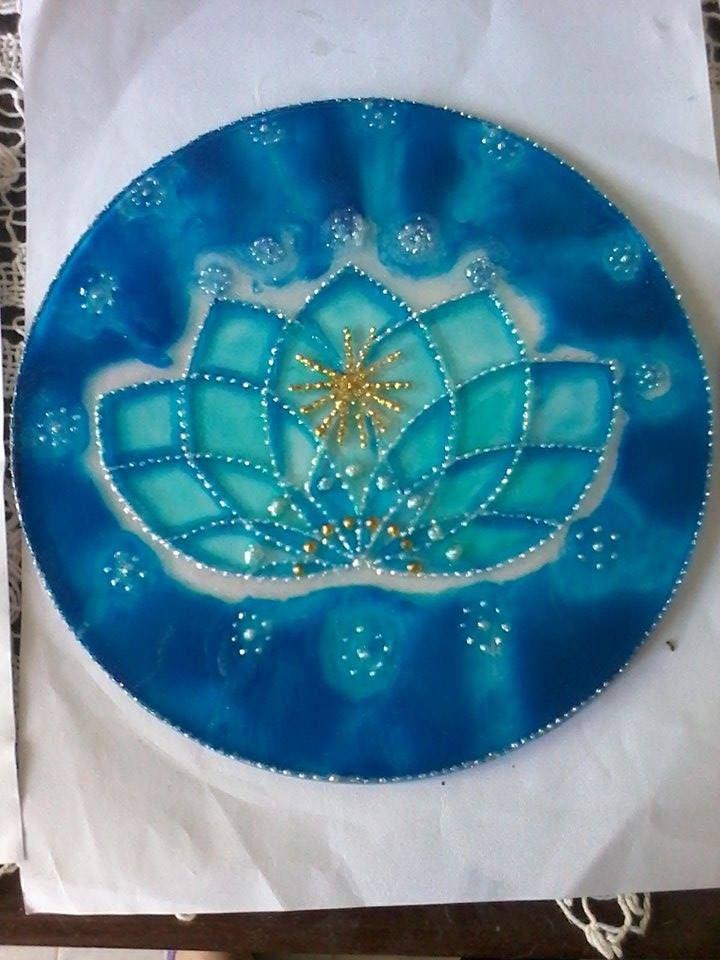 Loto, corazón del akasha  pintado en vidrio, 20 cm de diámetro