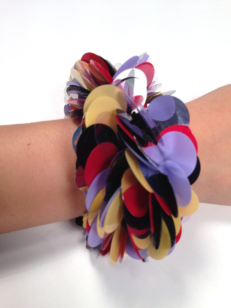 Onique's multicoloured crocheted bracelet - shop the spring collection at oniqueshop.com #shine #colorful #style