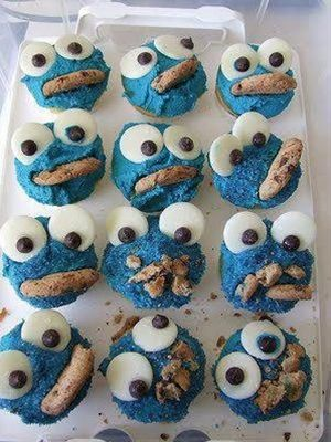 Cookie Monster creative cupcakes - Click image to find more food & drink Pinterest pins