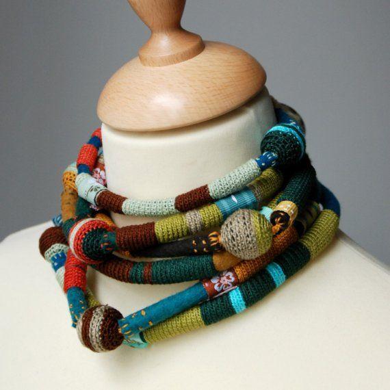 Amazing crochet neck piece by Maria Joao Ribeiro