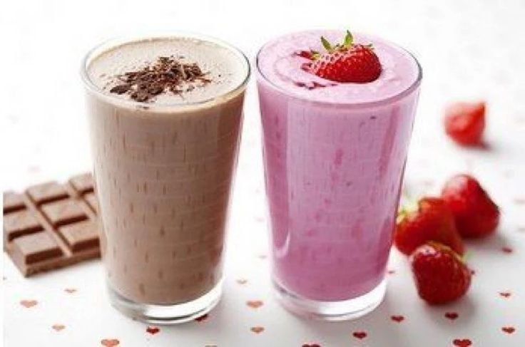 Фото: Рецепты молочных коктейлей из McDonald's Приготовление (для всех рецептов):  Смешайте все ингредиенты в блендере. Разлейте по стаканам. Приятного аппетита!  1. Ванильный коктейль Ванильное мороженое – 2 стакана (объемом около 220 мл) Молоко – 1 стакан Сливки 11% – ¼ стакана Сахар – 3 ст.л. Ванильная эссенция – 1/8 ч.л.  2. Шоколадный коктейль Ванильное мороженое – 2 стакана Молоко – 1 стакан Сливки 11% – ¼ стакана Сахар – по вкусу Какао или несквик какао – около 2 ч.л. (в оригинале…