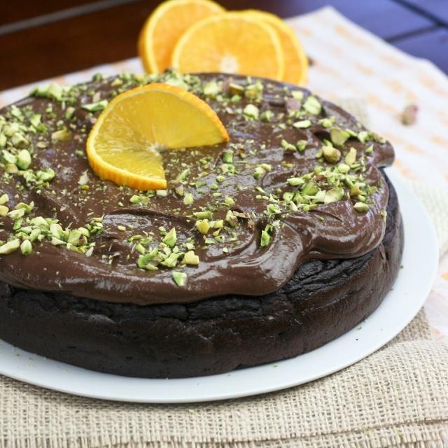 Healthy Flourless Chocolate Orange Cake.... Hmmm... ?
