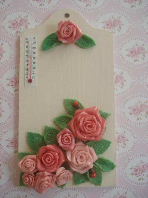 Thermomètre en porcelaine froide. http://romantic-garden.fr/58-thermometres