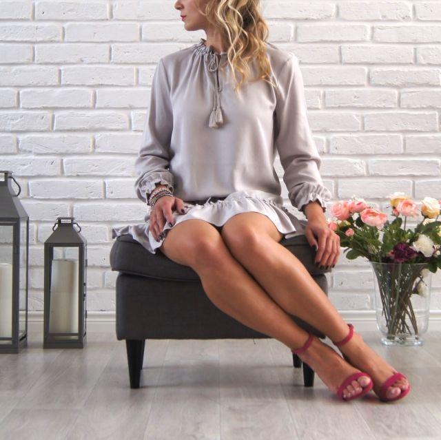 Sukienka Milano - można ją opisać w kilku słowach: subtelna elegancja, zwiewność i wygoda! www.icobel.com
